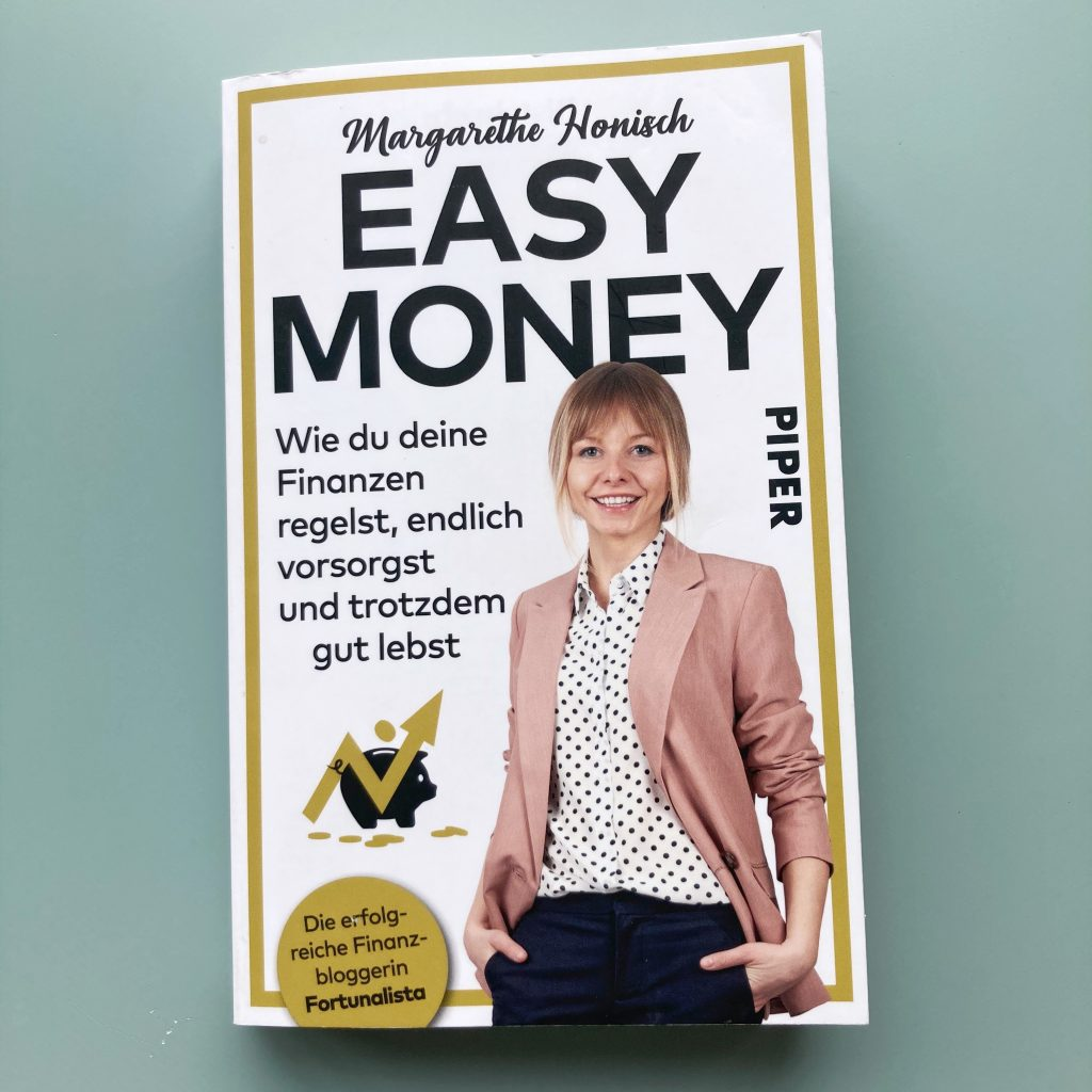 book cover of 'easy money' by margarethe honisch